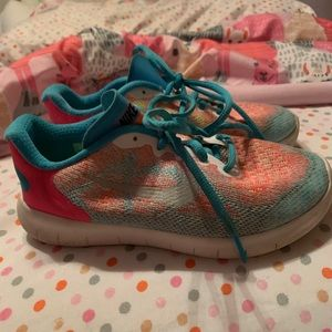 Other - Little girls Nike's